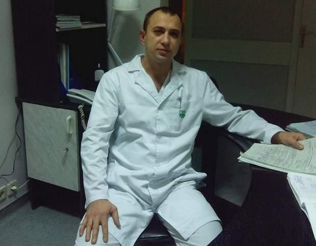 Лікар Роман Горобець