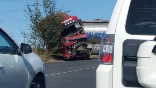 Фото з аварії на одеській трасі