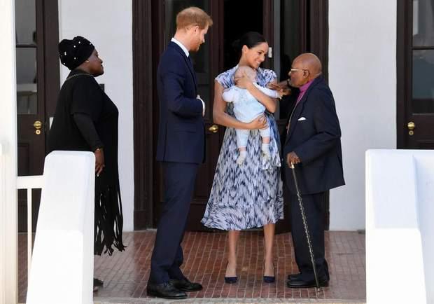 Принц Гаррі і Меган Маркл з сином Арчі в Африці