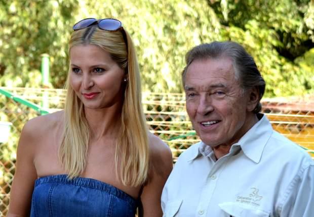 Карел Готт зі своєю дружиною