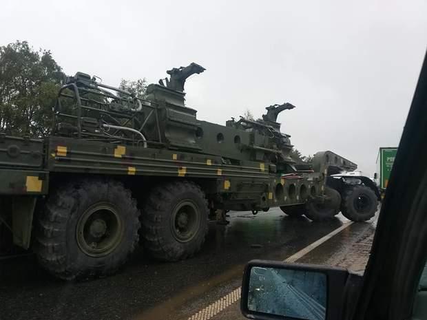 Львів, військовий тягач, ДТП