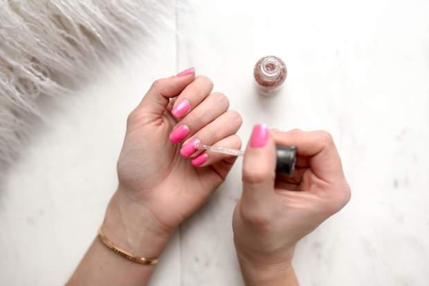 Гель-лак може погіршити стан нігтів