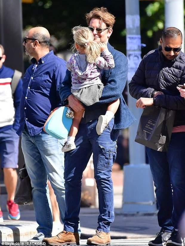 Бредлі Купер з дочкою