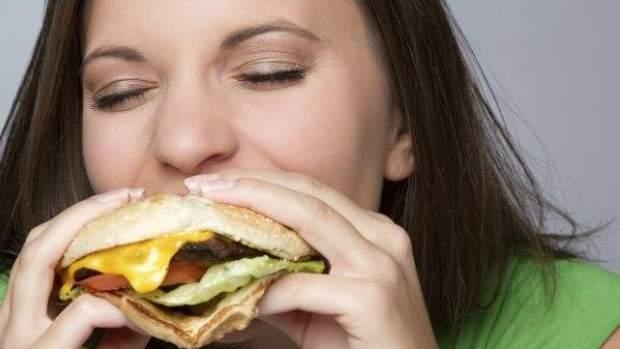 Ком в горле: причины и как избавиться от неприятного симптома