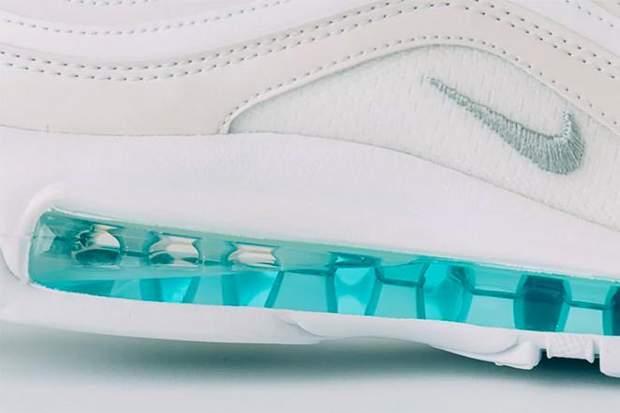 кросівки взуття ісуса