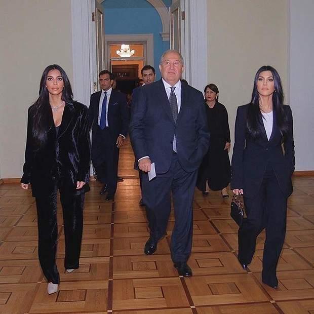 Кім та Кортні Кардашян зустрілись з президентом