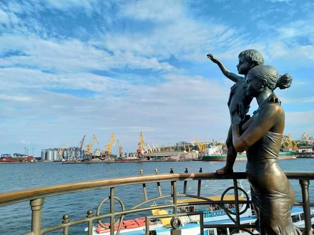 Чорне море в Одесі закохує у себе з перших хвилин