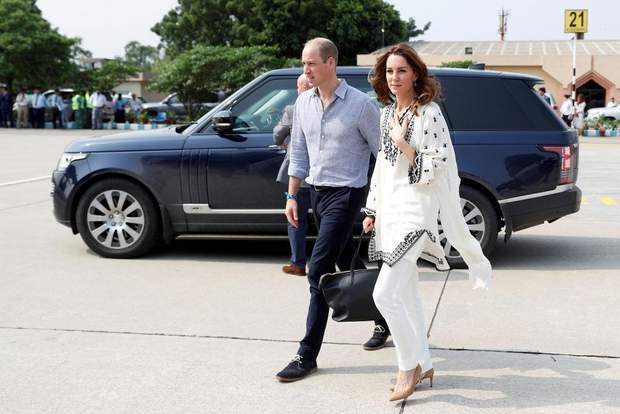 Принц Вільяи та Кейт Міддлтон завершили турне