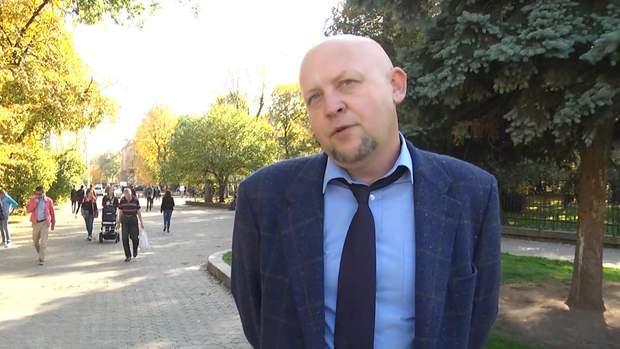 На Львівщині люди вимагають повернути стару радянську назву села