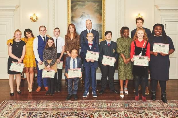 Принц Вільям та Кейт Міддлтон у палаці
