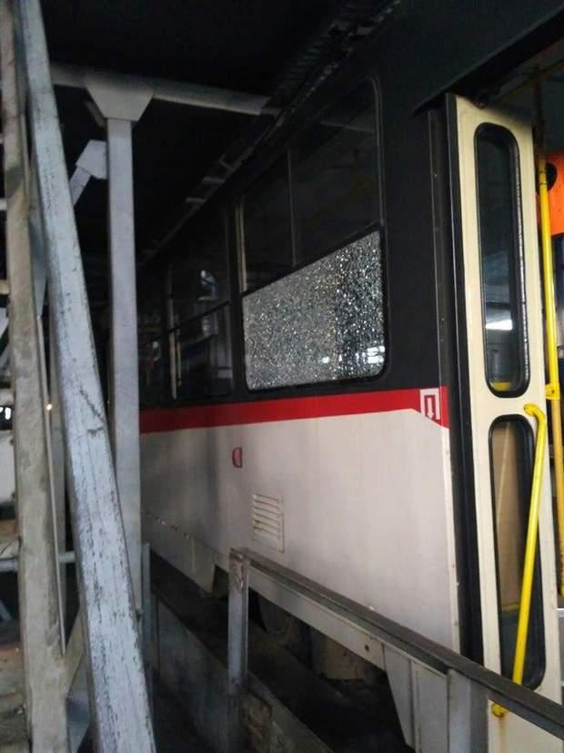 київ трамвай обстріл
