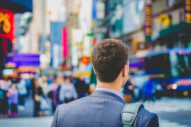 Маніпуляції допомагають будувати кар'єру