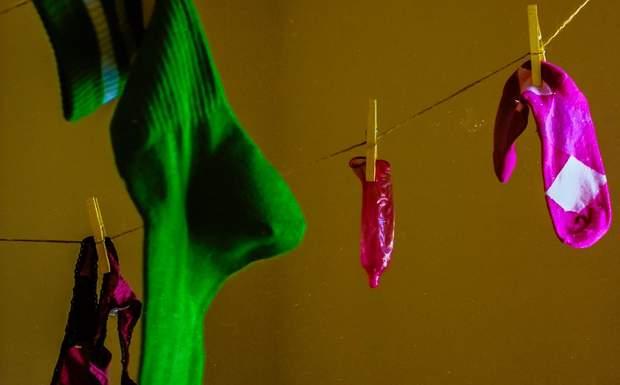 Чому злітає презерватив