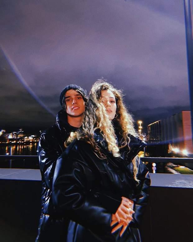 Романтичні фото ALEKSEEV та його обраниці