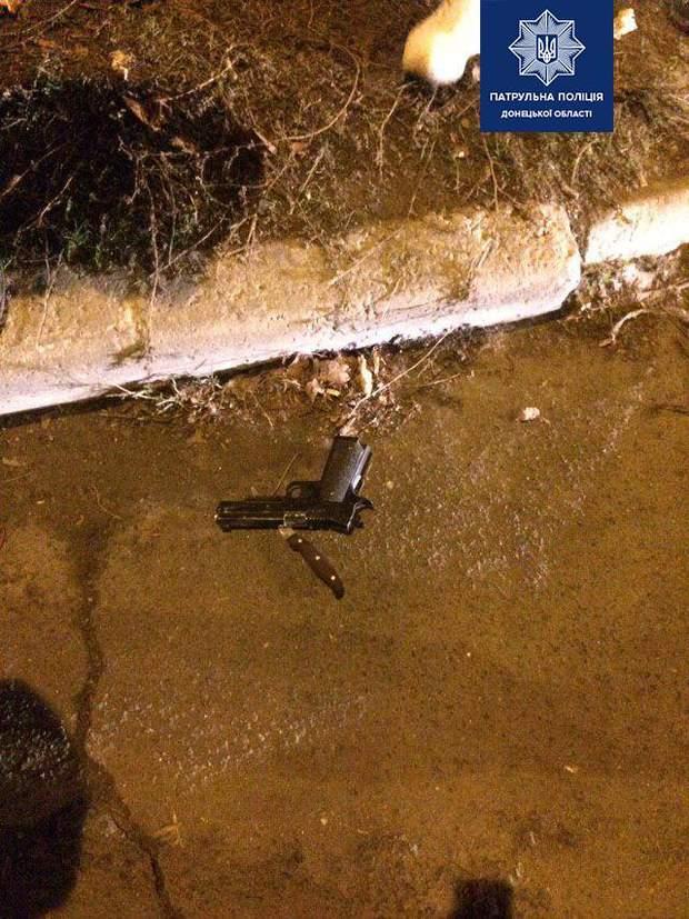Патрульний затримав стрільця у Маріуполі