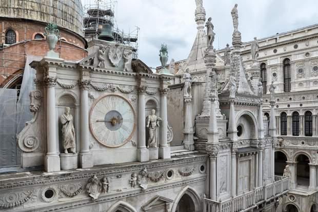 Паперові ворота Палацу дожів