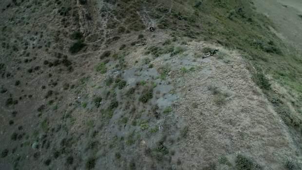 За тим, щоб ніхто не покидав межі полігону слідкує гелікоптер