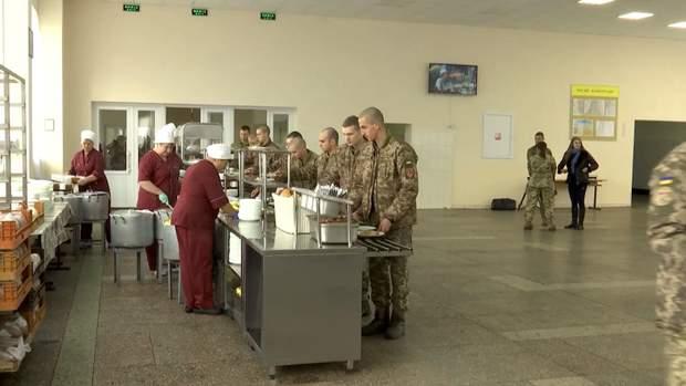 Нова система харчування для військових під загрозою: деталі