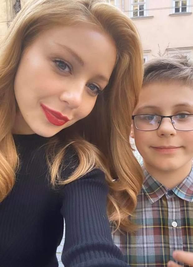 Тіна Кароль з сином під час поїздки до Львова