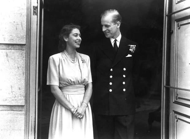 Єлизавета ІІ і Філіп в молодості