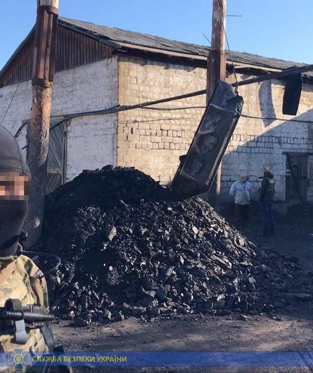 На закрытой шахте в Донецкой области незаконно добывали уголь