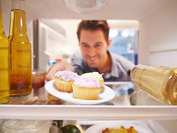 В чому причина переїдання