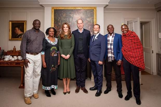 Принц Вільям та Кейт Міддлтон на офіційній зустрічі