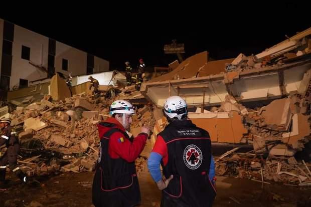албанія землетрус рятувальники