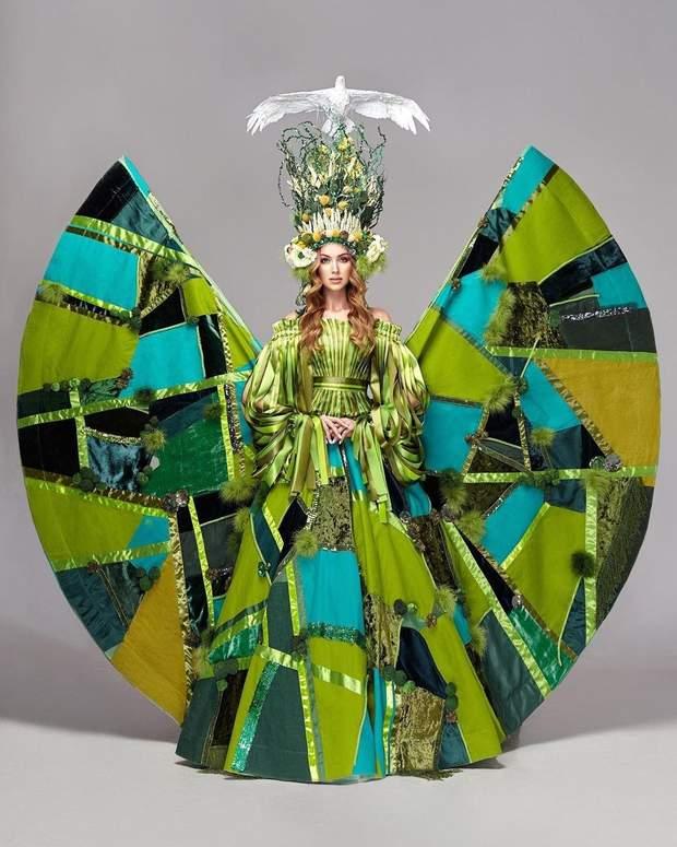 Анастасія Суббота показала головну сукню для шоу