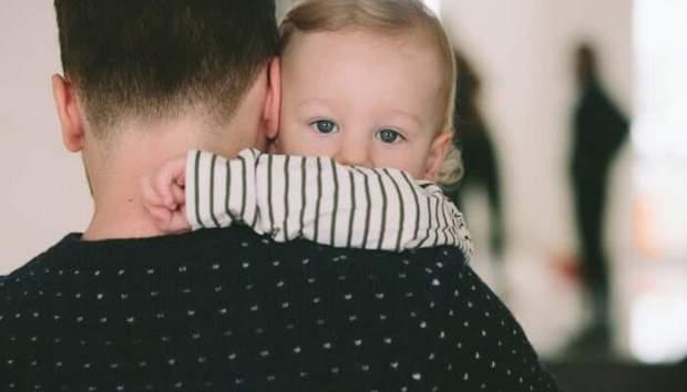 Щоб всиновити дитину батьки мають пройти спеціальну процедуру