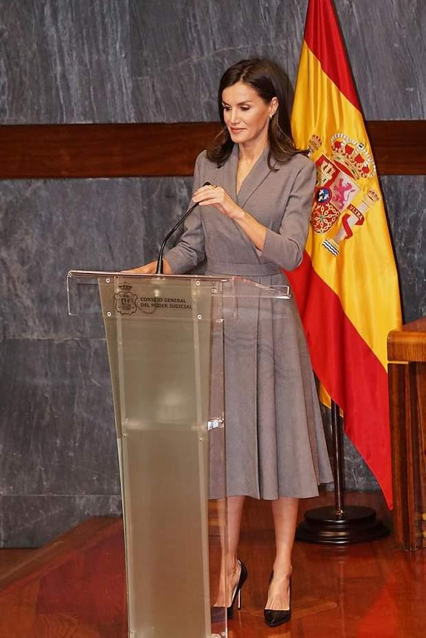 Королева Іспанії на офіційному заході в Мадриді