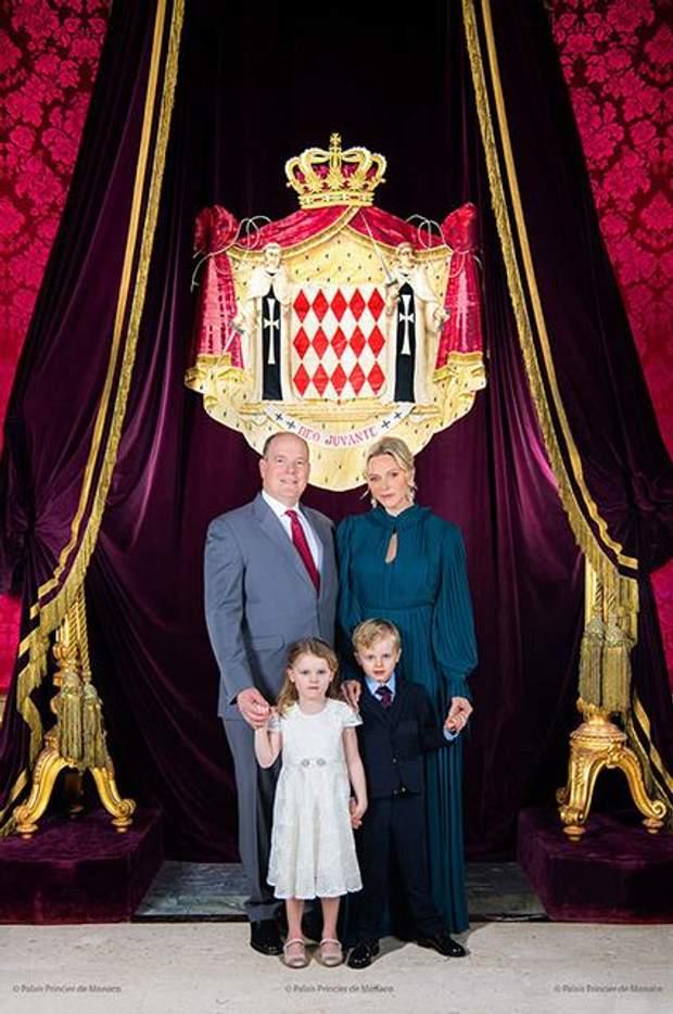 Різдвяне фото князів Монако