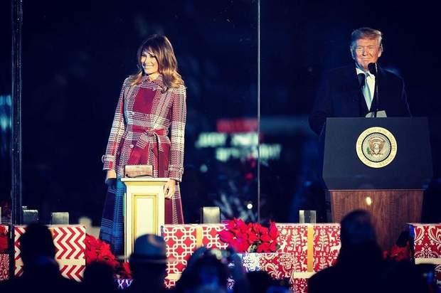 Дональд і Меланія Трамп на відкритті ялинки
