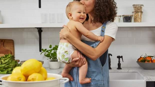 Мама з дитиною