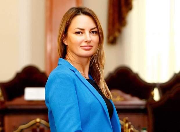 Олена Журавська