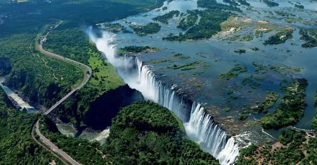 В Африці засихає всесвітньо відомий водоспад Вікторія: сумні фото