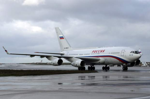 літак Путіна Париж