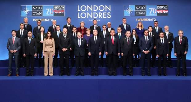 Глави держав-членів НАТО