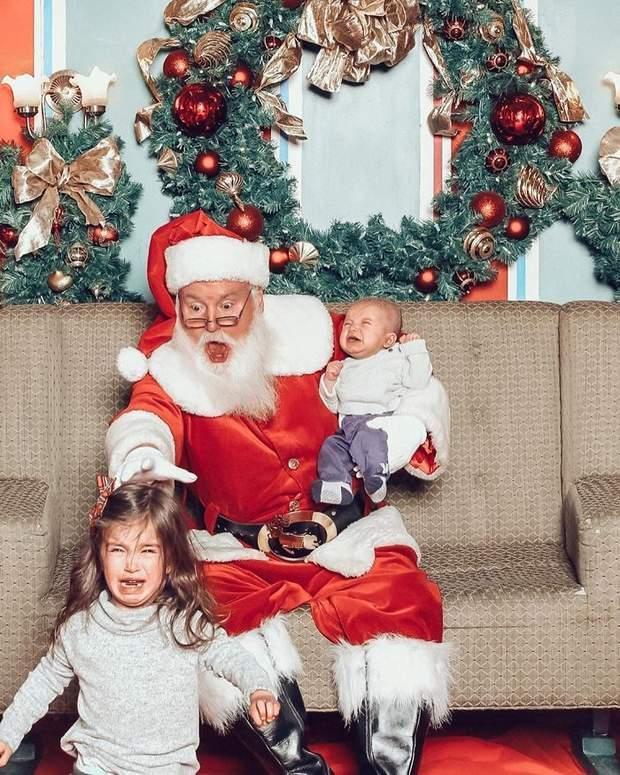 Фото дітей з Сантою