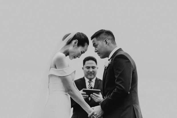 Сильне фото закоханих під час прийняття шлюбу з штату Орегона, США