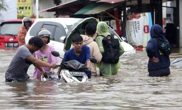 індонезія повінь жертви балі погода