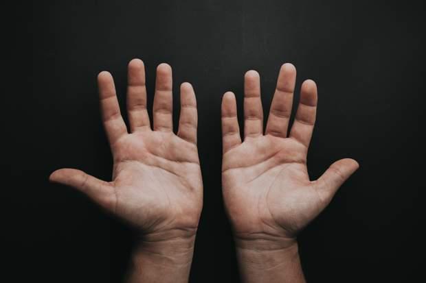 Довжина пальців може свідчити про схильність до депресій
