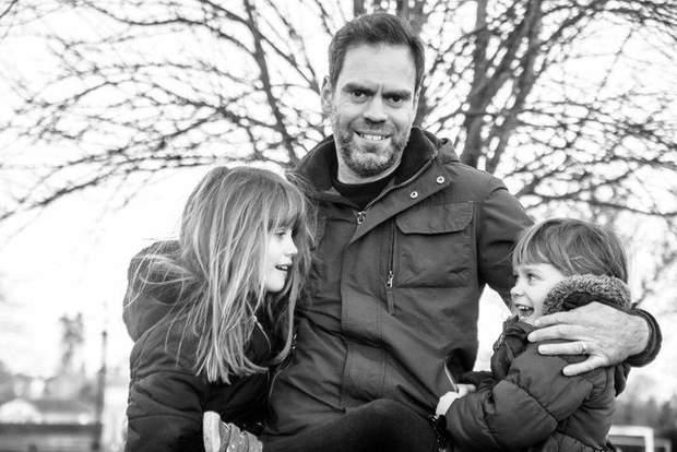 Джон Адамс з доньками
