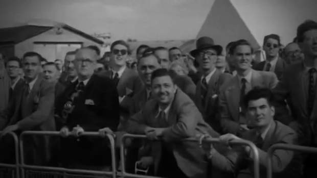 Глядачі на авіашоу