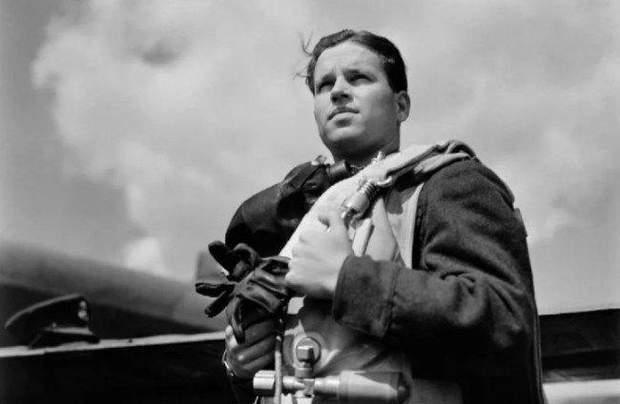 Ґай  Ґібсон Друга світова війна Велика Британія Німеччина авіація бомбардування