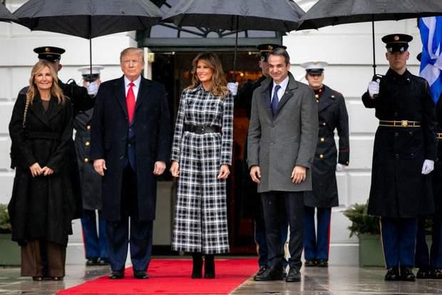 Ефектне пальто Меланії Трамп