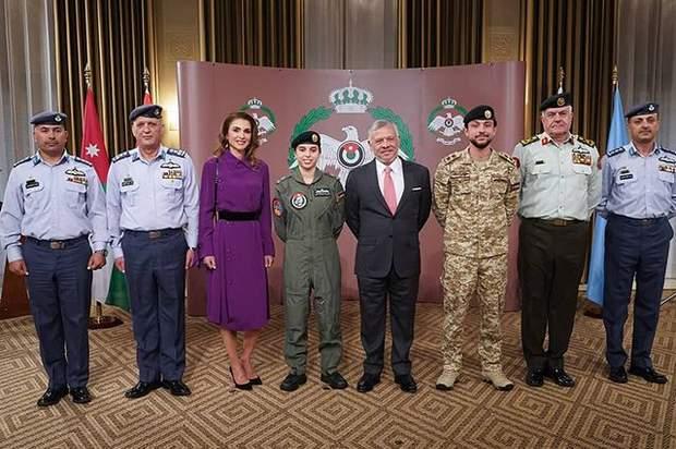 Королівська родина Йорданії на урочистій події