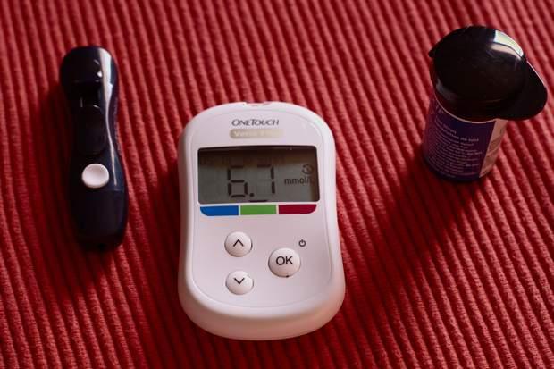 Глюкометр потрібно тримати в теплі