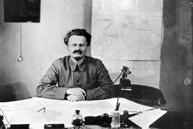 Лев Троцький СРСР