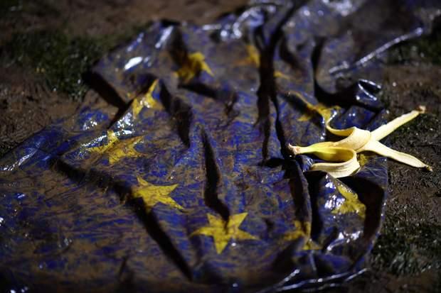 Прапор, Євросоюз, багнюка, Brexit, Британія